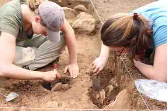Excavating the complete vessels